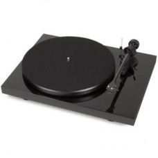 Debut Carbon Phono USB Audiophile 2-speed Turntable (Piano Black)